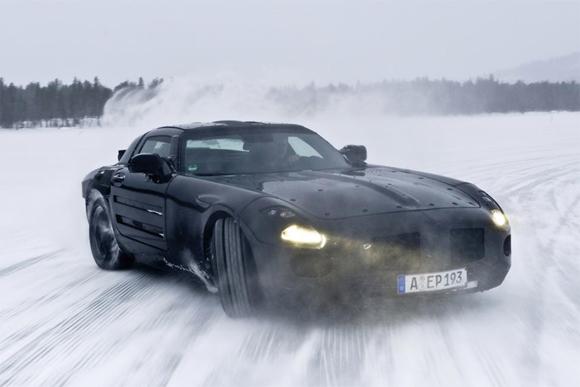 Новый суперкар SLS AMG